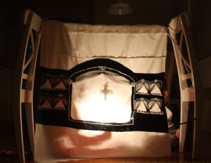12 homemade-fabric-shadow-puppet-theatre