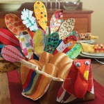turkey-table-topper-thanksgiving-craft-photo-420-FF1105THANKA05